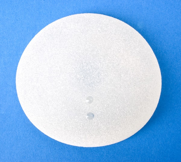 implant prothese mammaire anatomique forme naturelle goutte eau augmentation poitrine seins